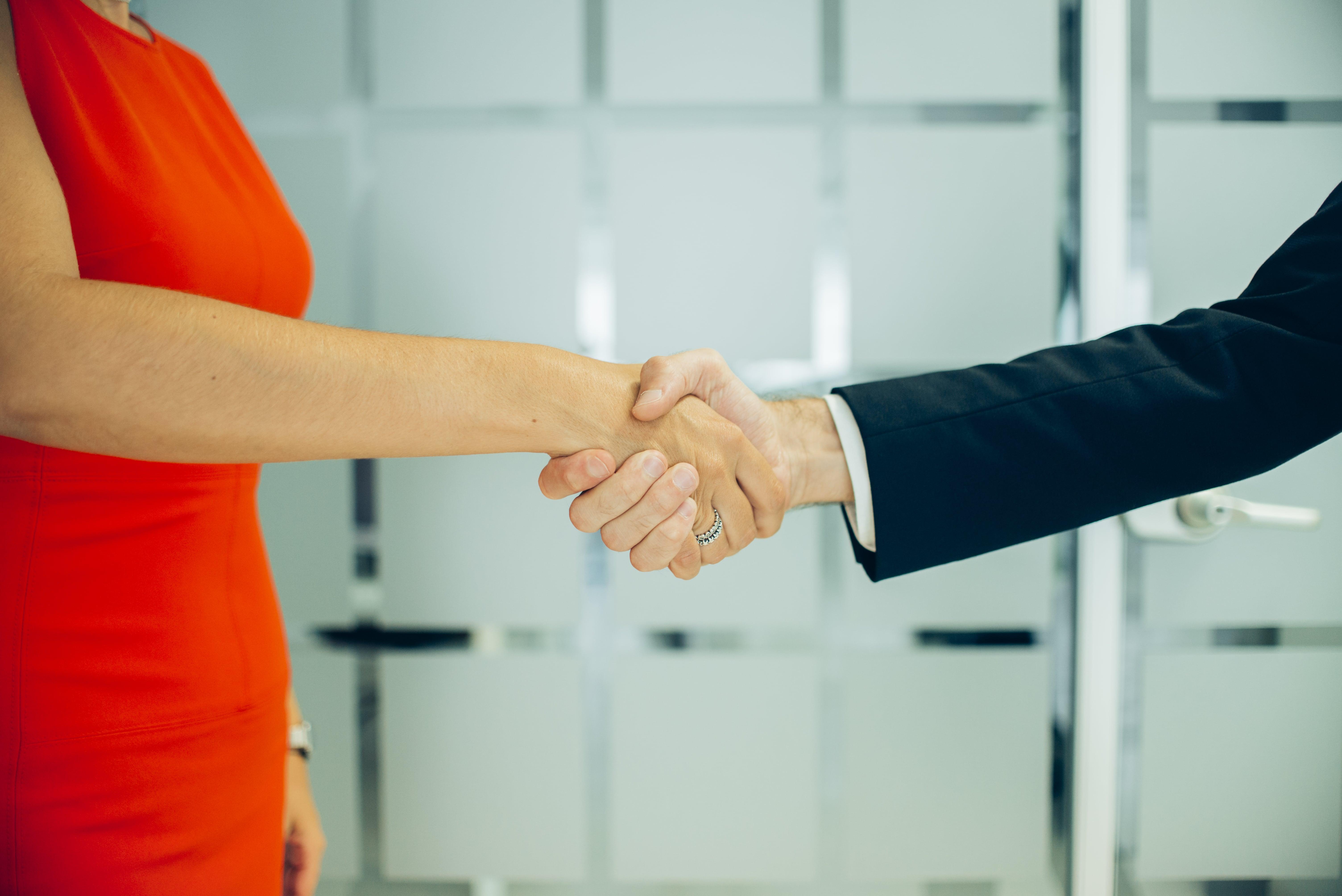 Como entrevistar um candidato: dicas para contratar a pessoa certa
