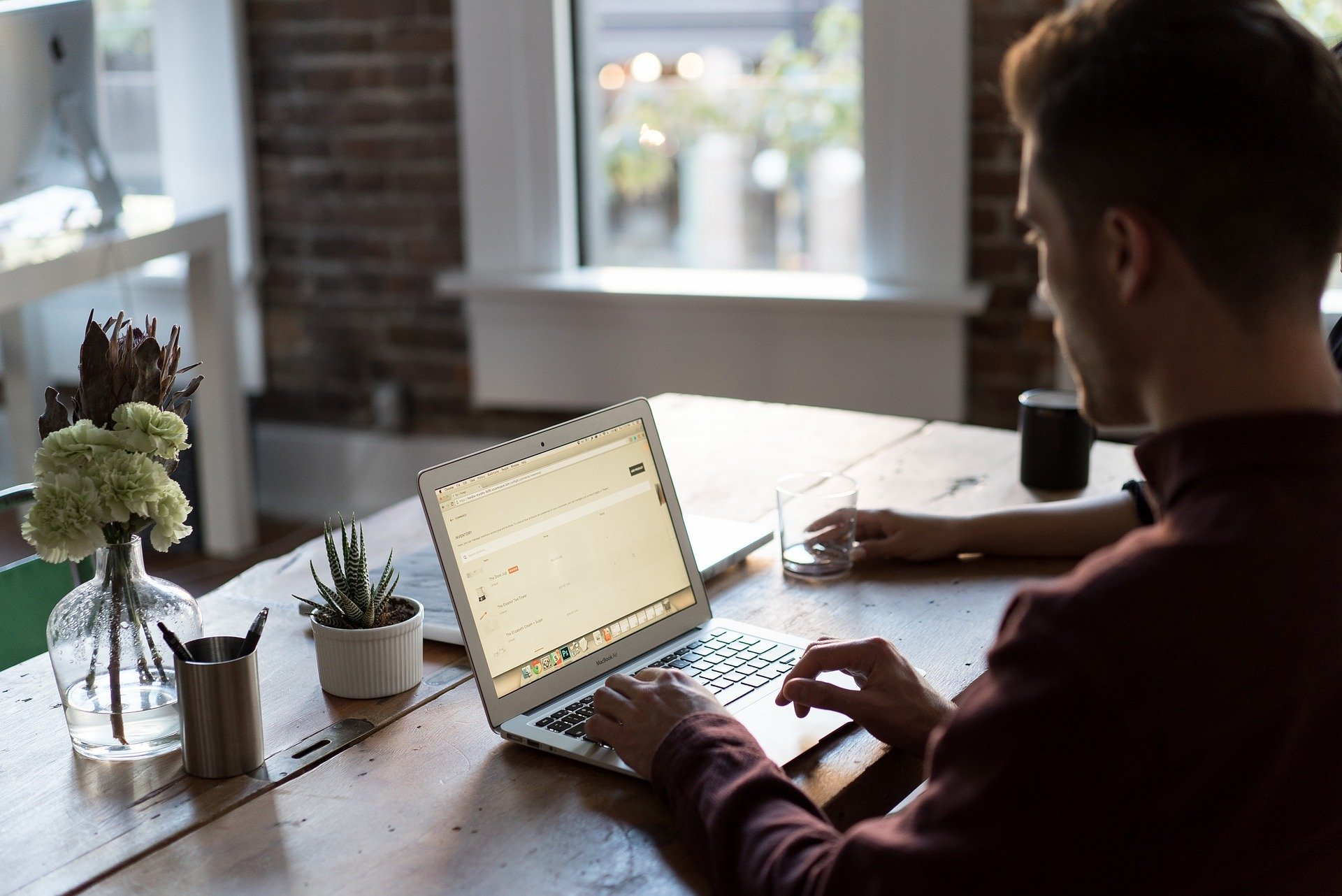Software de admissão digital: benefícios da automatização